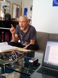 Eugen Rabine beim arbeiten mit der Rabine-Methode